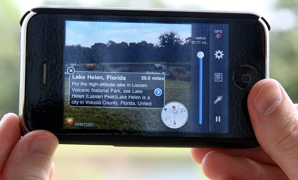 Se convierte en imprescindible el contenido audiovisual en el móvil. FUENTE. en.wikipedia.org FUENTE. en.wikipedia.org