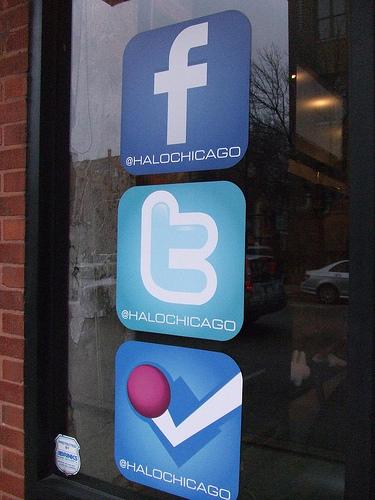 Las redes sociales permiten promocionar tu pequeña empresa FUENTE. flickr.com