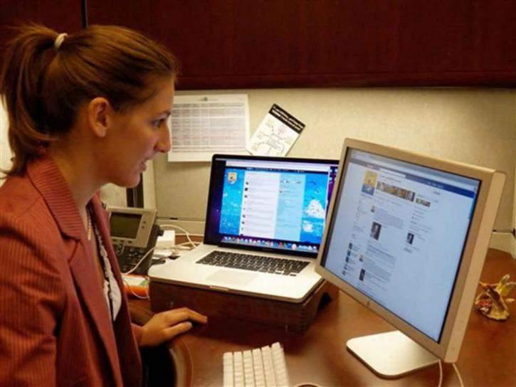 Las redes sociales favorecen el contacto directo entre la empresa y el cliente. FUENTE. public-domain-image.com