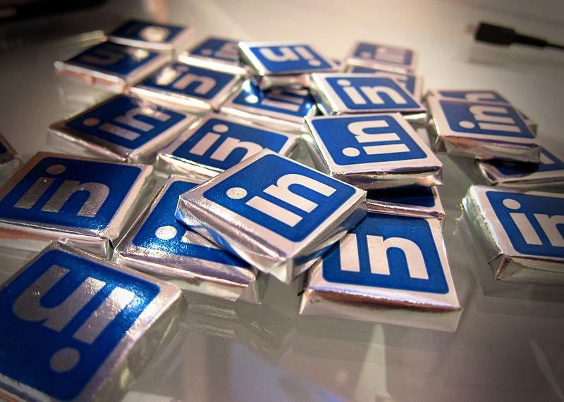 El uso de LinkedIn debe formar parte de nuestra estrategia profesional. FUENTE. commons.wikimedia.org