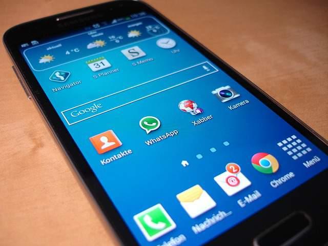 Ante el protagonismo ganado por los dispositivos móviles, las empresas necesitan nuevos canales de difusión. FUENTE. pixabay.com